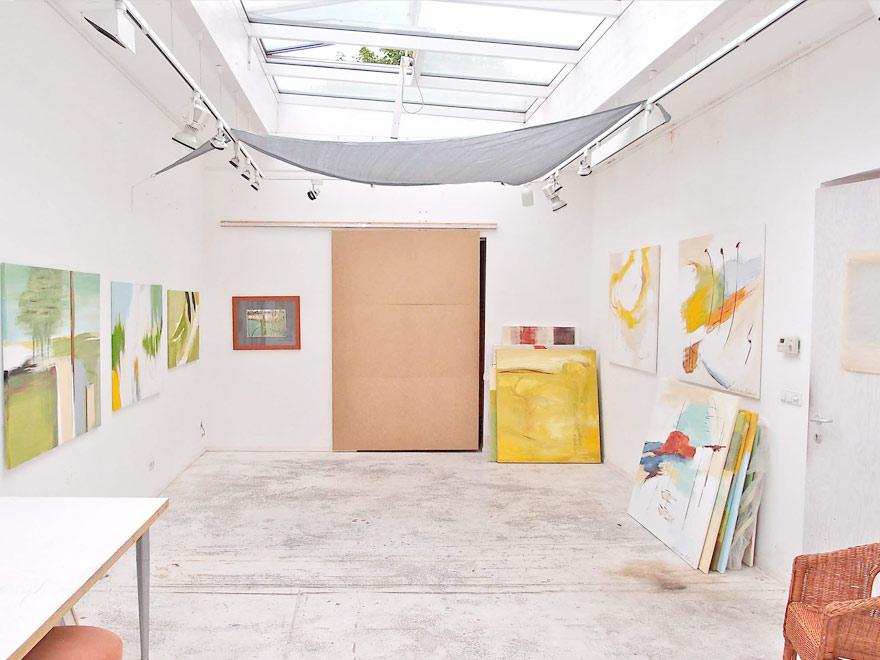 gelbes atelier andrea von melms zeitgen ssische kunst berlin. Black Bedroom Furniture Sets. Home Design Ideas